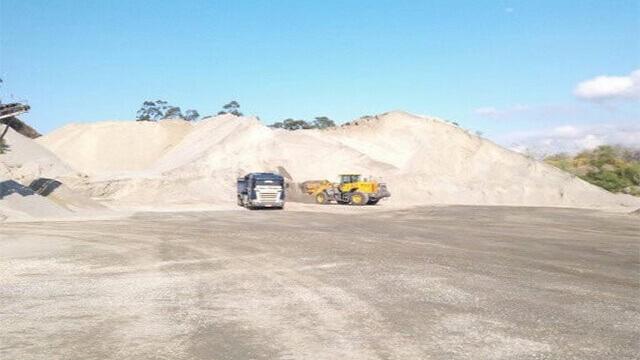 caminhão fechado de areia lavada rj